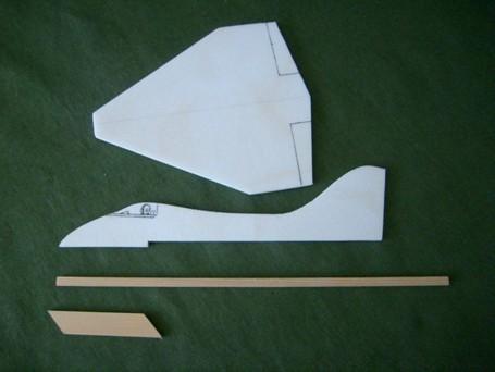 как сделать самолетик планер из пенопласта