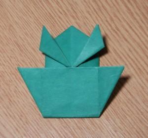 как из бумаги сделать лягушку. фото 4