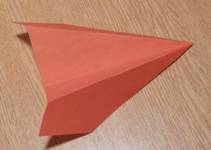 как сделать из бумаги планер с острым носом