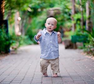 как помочь ребенку научиться ходить