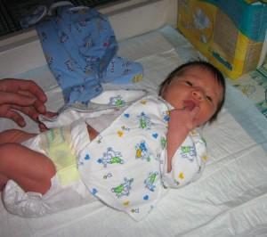 подгузники для новорожденного