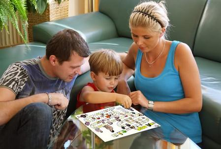чтобы ребенок не разбрасывал игрушки