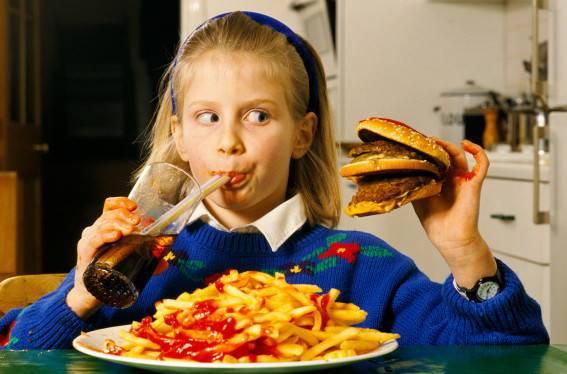 можно ли закормить ребенка