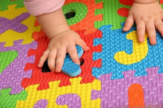 в каком возрасте начинать раннее развитие ребенка