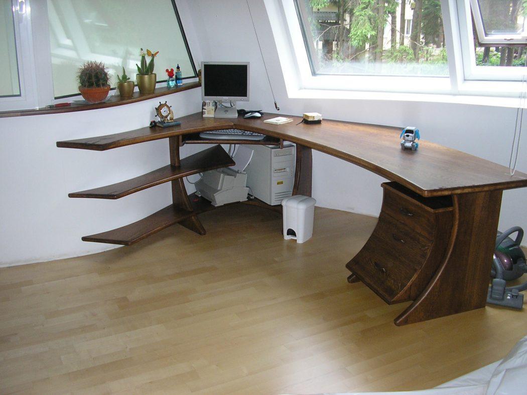 стол для детской из массива сосны