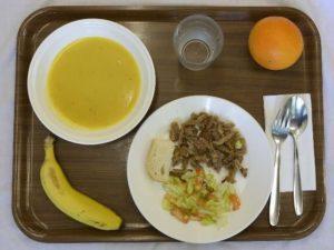 Школьный обед в Испании