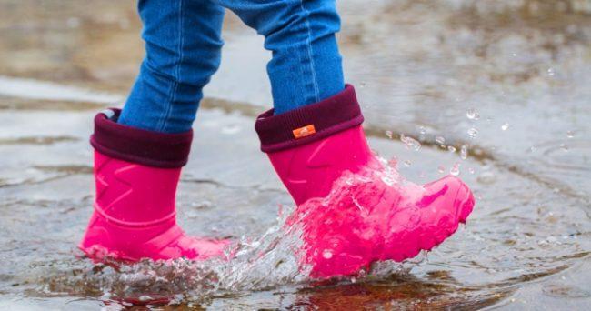 Дутые резиновые сапоги для ребенка