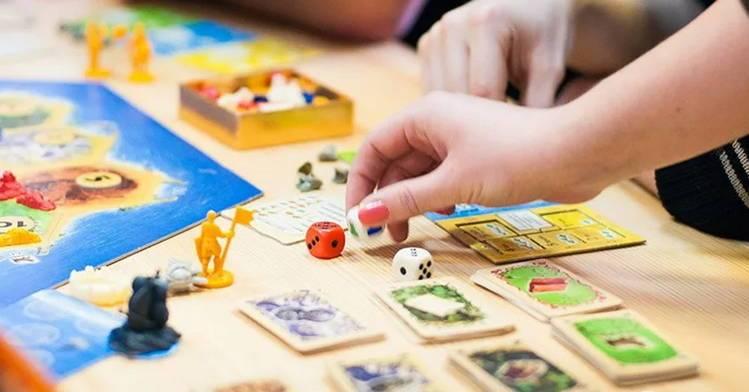 поиграем с ребенком в настольную игру