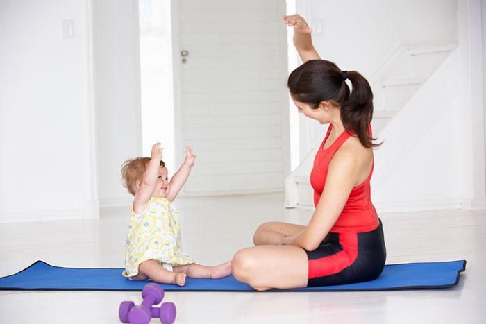 упаржнения для похудения дома с ребенком