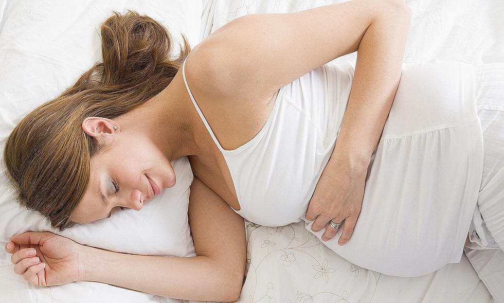 на каком боку можно спать при беременности