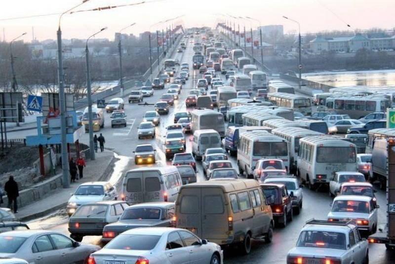 пробка в Тюмени на мосту