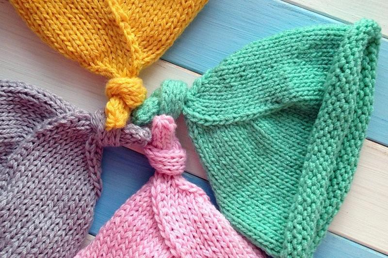 Вязаные шапочки для новорожденного