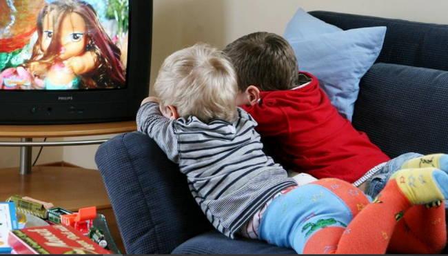 Лучший способ воспитания ребенка - это мультфильмы