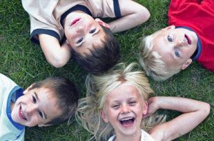 как влияет на ребенка окружающий мир