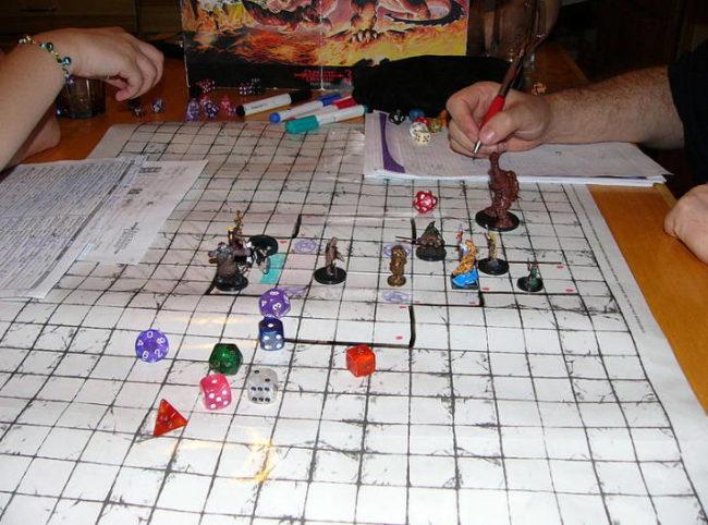 натольная игра Dungeons_and_Dragons